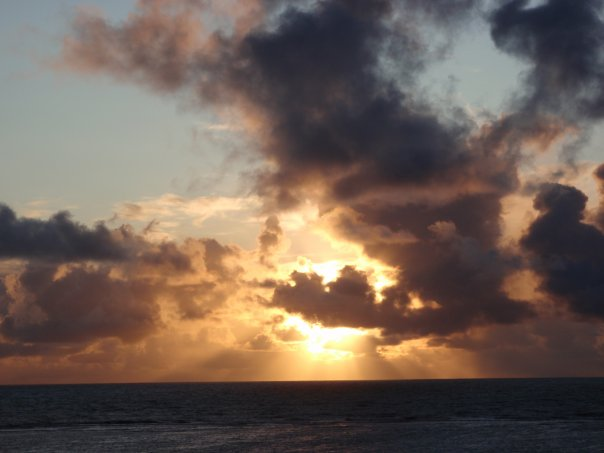 Sunrise in Oahu 071509